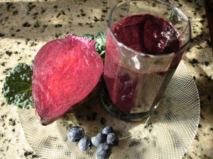 Beet Blueberry Kale Smoothie