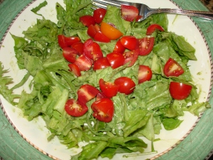 Garden Fresh Greens with Avocado Ranch Dressing